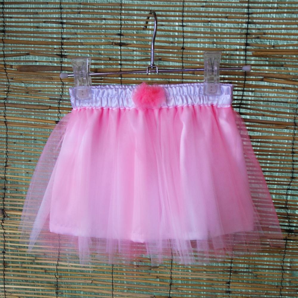 41b26f10a87 Dětská růžová tylová sukně s bílou podšívkou